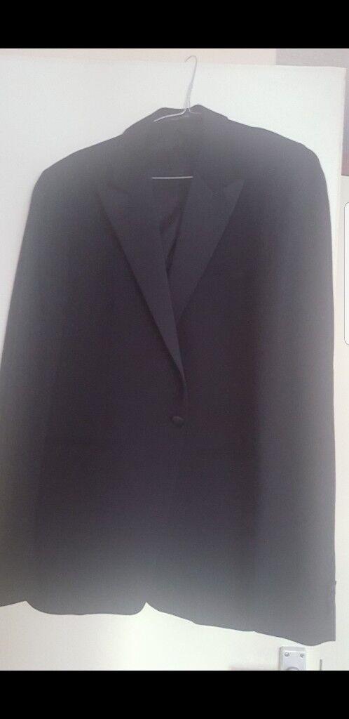 Emporio Armani dinner suit size L