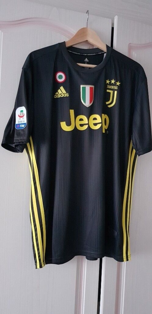 more photos f7c66 4963d Mens Adidas Juventus RONALDO 3rd Away shirt brand new. | in Bedford,  Bedfordshire | Gumtree