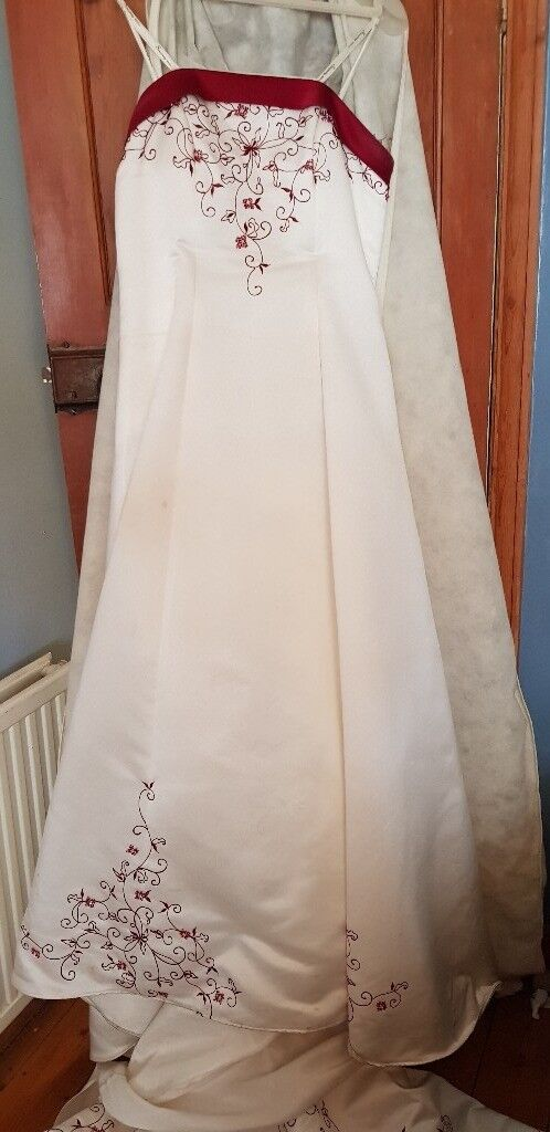 Ivory and red wedding dress, uk size 14 | in Hull, East Yorkshire ...