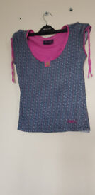 LADIES TOP SIZE 8 ANIMAL TOP COLLECT TOTTON R I CAN POST OUT