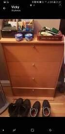 CD case 4 shelves