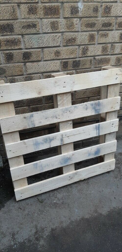 Wooden pallet FREE ... collection only | in Barnsley ...