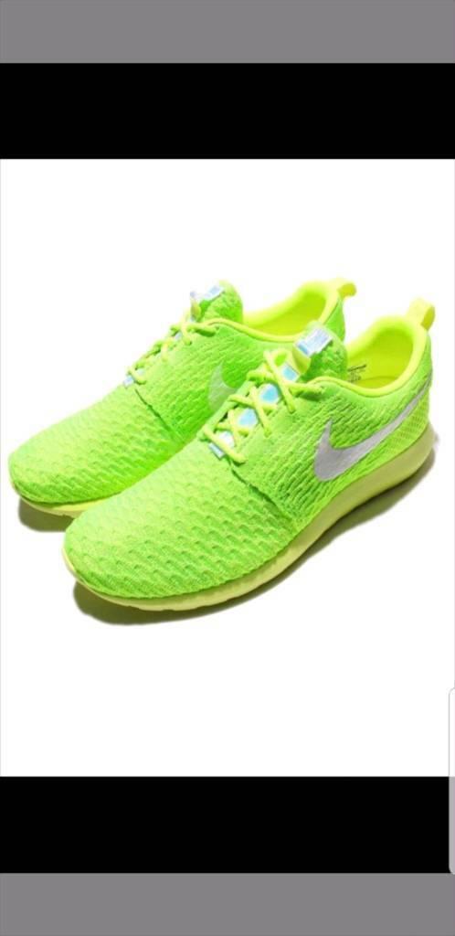 d8c9bec32435 Nike Roshe NM Flyknit One Run Volt Green Mens Trainers