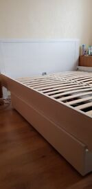 King size bed frame very good condition
