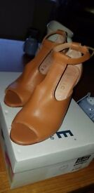 Tan Leather Heels - Size 3