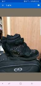 Wedge aldo shoes size 6