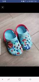 Toddler crocs - size 4 - 5
