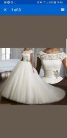 *BRAND NEW* wedding dress