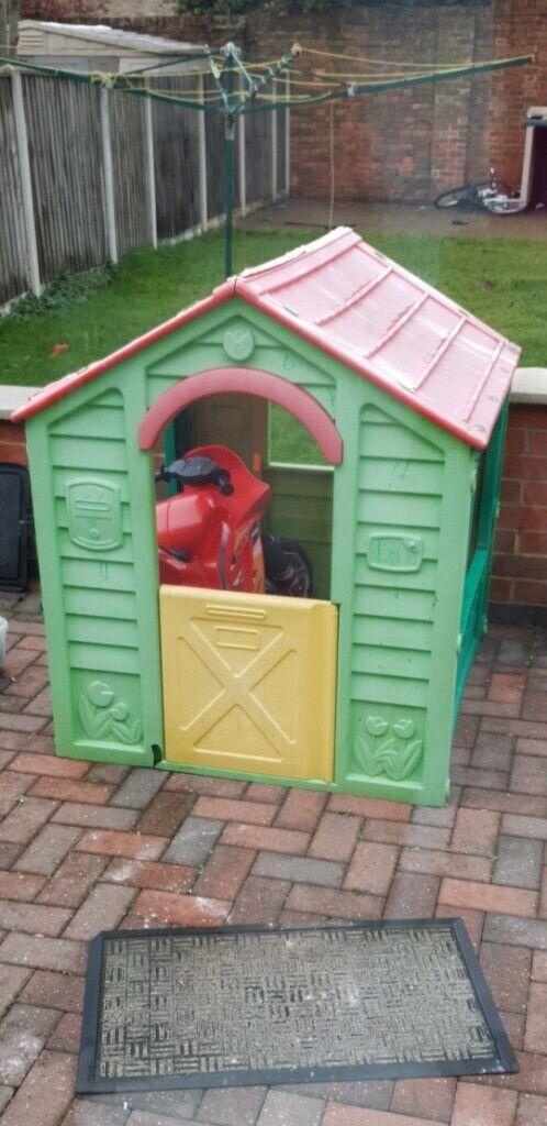 Free Childrens Garden House In Arnold Nottinghamshire Gumtree