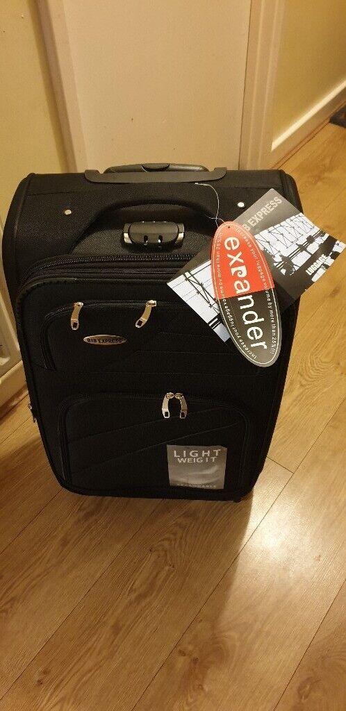 ad360d3c5c49 Brand New! Medium Lightweight Suitcase   in Great Barr, West Midlands    Gumtree