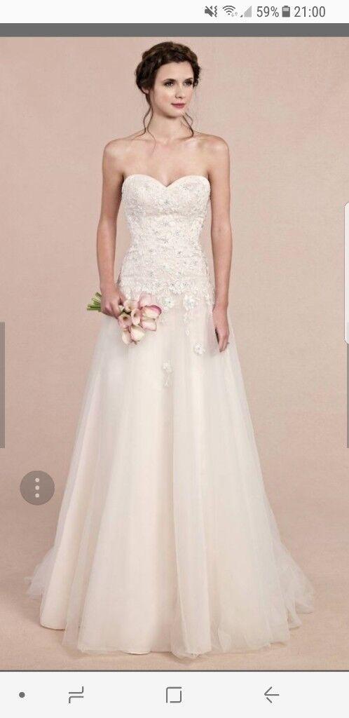 BNWT size 12 Ella Rose ivory wedding dress. Pearl beading and lace ...
