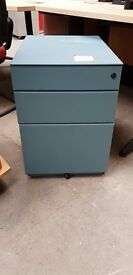 3 Drawer Blue Pedestal- No key Supplied