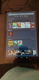 Amazon fire tablet 10HD