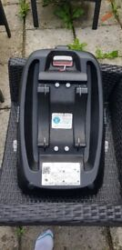Cosatto 3 in 1 travel system with isofix bar