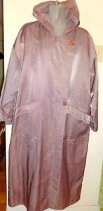 LINDA LUNDSTROM DESIGNER NYLON COAT: Womens M to L 12 14 16 Made in Canada LA PARKA Raincoat Cover. Pink OAKVILLE
