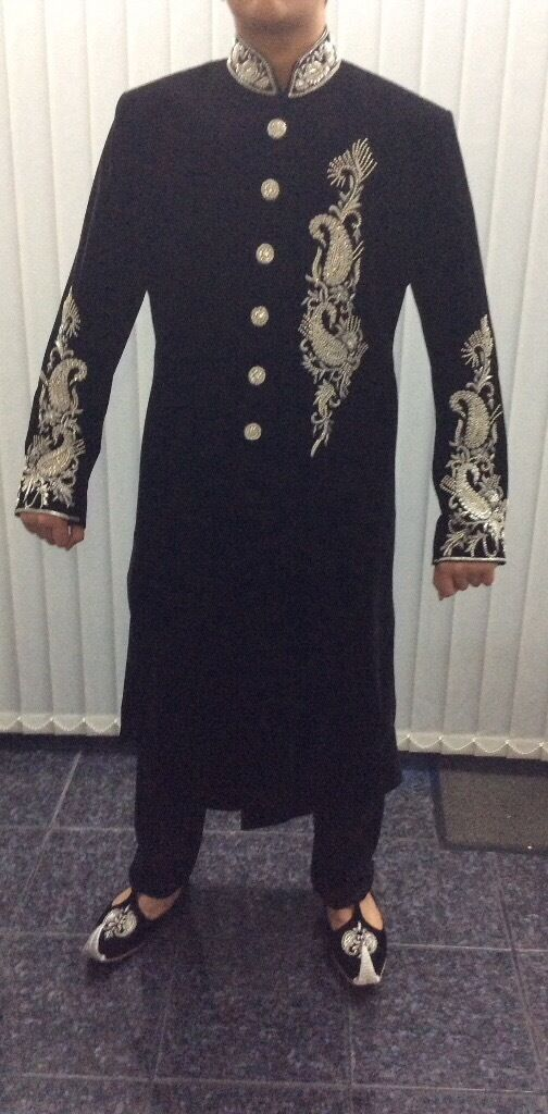 Sherwani black velvetin Plaistow, LondonGumtree - Black velvet sherwani with silver elegant work. Has black trousers. White kameez to wear under the sherwani if you wish. Only wore for a few hours. Brand new condition. Selling for £220. Kussa incuded