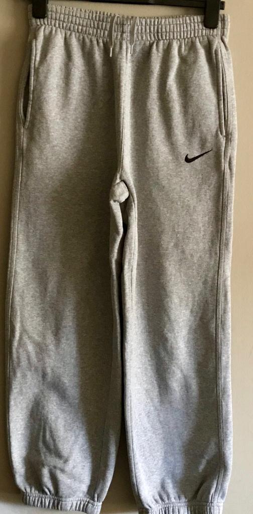 L boys Nike cottons