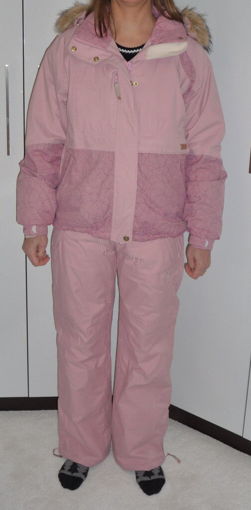 Womens Roxy Ski outfit with two pais of salopettes