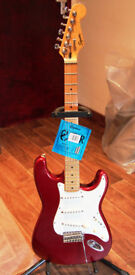 Korean Squier Strat 1998 upgraded & Fender gig bag