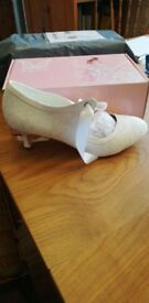 BRIDAL shoes - Size 6 White Ribbon tie up front - Small heel