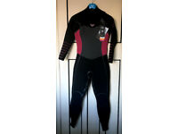 BRAND NEW- WOMEN WETSUIT: ROXY - 4/3mm Syncro Plus Chest Zip-SIZE 8