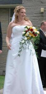 Wedding Dress - Size 16