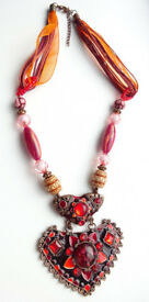 STATEMENT NECKLACE - Enamel & Bead Necklace