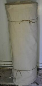 1900 - 80 à 100 mètres de grosse toile à drap ancienne ou doublure uniforme - France - DESCRIPTION et HISTORIQUE Suite succession d'un collectionneurs d'objets sur la mrin et les paquebots. Trs beau métrage d'environ 100 mtres de longueur pour un poids de 40 kg environ, vers 1900. Pourquoi environ 100 mtres : vers 1900 la toile é - France