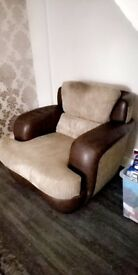 3 seater 2 chair