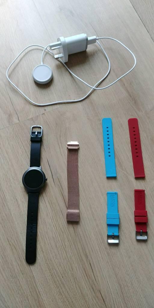 LG Style W270 smart watch