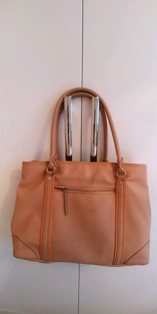 1ad604acb7bc Paquetage Paris handbag in blush. Enfield ...