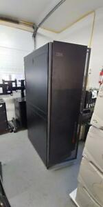 APC NetShelter SX 42U AR3100 Server Rack Enclosure w/Side Panels!