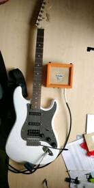Squier Stratocaster Olympic White + orange amp