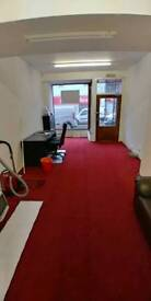 Office/Shop for rent in the East End of the Kirkcaldy High Street. Rates Free.