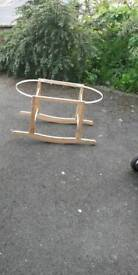 Mises basket with rocking stand, liming, mattrace and sheet