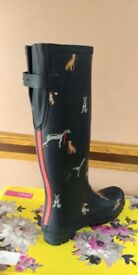 Brand new boxed Joules Dog print wellington boots (UK6)