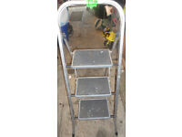 STURDY CONDITION, A NICE METAL 3 STEP LADDER