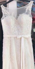 Beautiful unworn with tags (size 10) - Sincerity Bridal wedding dress 3750