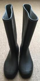 Black Wellington Boots, size 4.