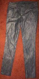Snakeskin pattern HWY Skinny Jeans Size 8