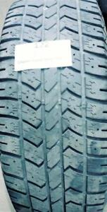 PNEUS HIVER USAGÉS / USED WINTER TIRES 235/70R16 ARTIC CLAW WINTER X51 (2 DE DISPONIBLES)
