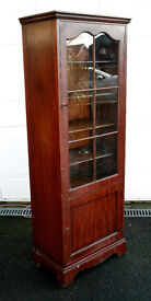 Mahogany Display Cabinet with working Locks