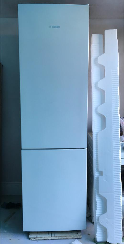 Bosch Fridge Freezer - Serie | 4 KGN39VW31G No Frost