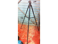 Large 1m tall - Fully collapsable Camera / Camcorder Tripod