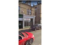 Shop to let with 2 bedroom apartment above