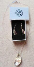 Metal Press Company Ear rings and Necklace Mussel design