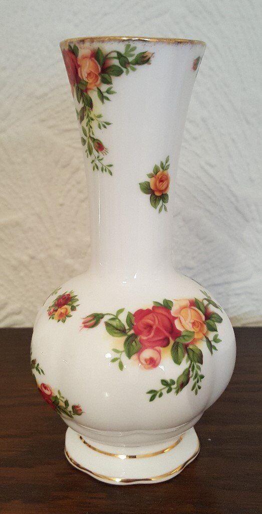 Vintage Royal Albert Rosebud Vase Old Country Roses In Ammanford