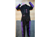 Brand new ladies/ girls wetsuit size 10