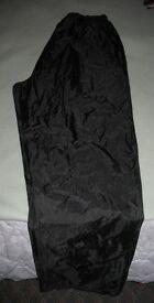 Reggata water proof over trousers .....Black.