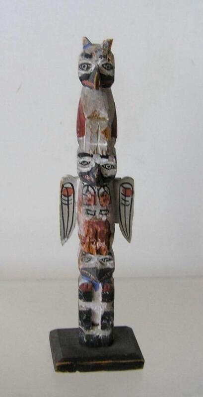"""Vintage Northwest Coast Carved Wood Totem Pole 7.25"""" tall"""